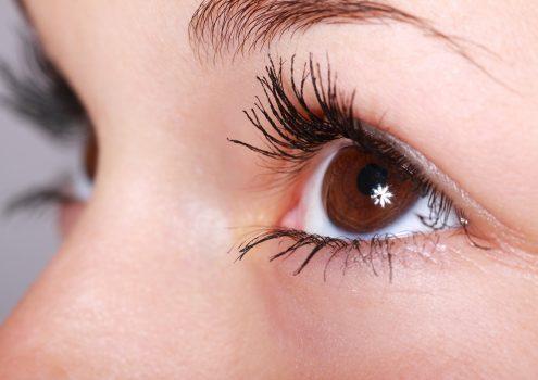 Erste Anzeichen von Alzheimer sind möglicherweise an den Augen erkennbar