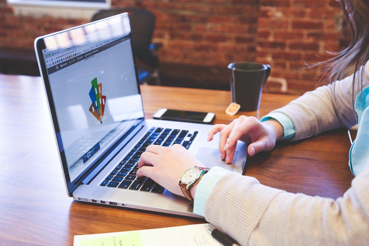 E-Learning als Unterstützung für pflegende Angehörige