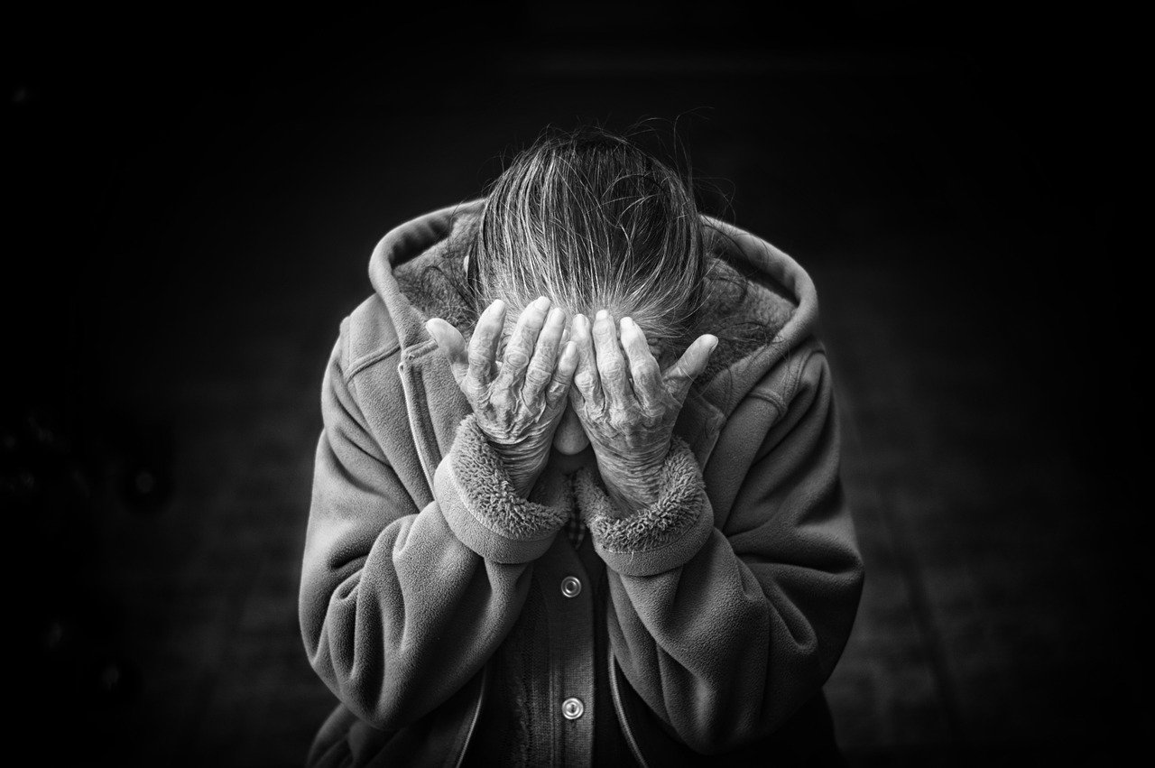 Sexuelle Enthemmung verstärkt Pflegebelastung mehr als andere Verhaltensauffälligkeiten