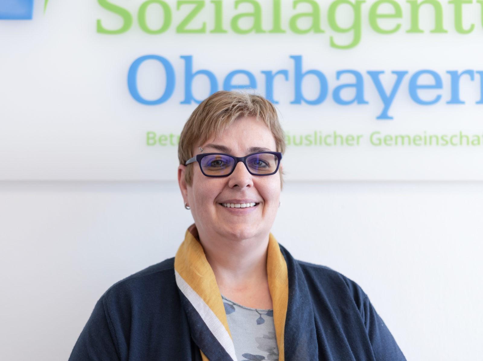 Antje Lau, Sozialagentur Bayern
