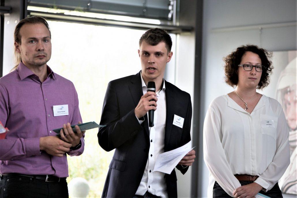 Die digiDEM Bayern-Mitarbeiter Michael Reichold und Nikolas Dietzel (v.l.) und Stephanie Hör vom Landratsamt Weilheim-Schongau.