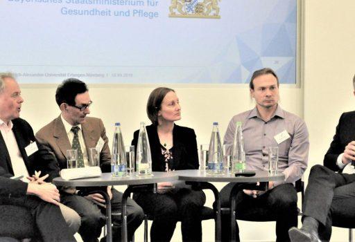 """Die Gäste der Podiumsdiskussion """"Demenz und Digitalisierung"""""""
